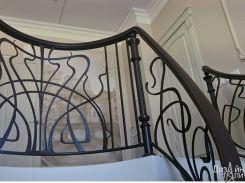 Кованое ограждение для металлической лестницы