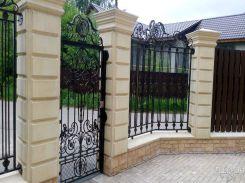 Черные откатные ворота в современном стиле