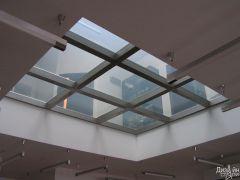 Элементы из стекла в интерьере